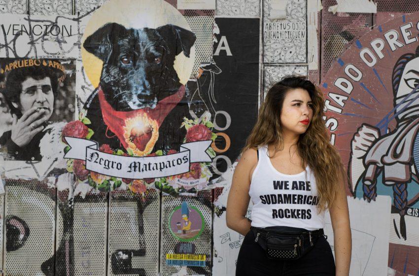 """Rosita Beas: """"Traté de cuidar mi trabajo para sobrevivir en el Chile capitalista como artista y para eso tenía que mentirme a mí misma"""""""